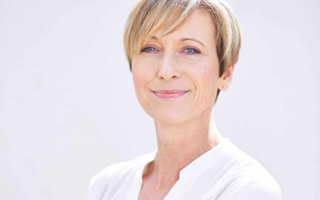 """Interview mit Prof. Dr. Axt-Gadermann: """"Die Schönheit kommt von innen."""""""