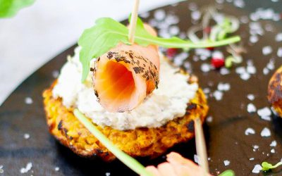 Süßkartoffel-Puffer mit Lachs