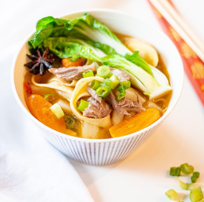 Taiwanesische Beef-Noodle-Soup